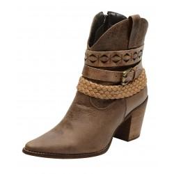 Bota Texana feminina bico fino cano médio e salto alto couro madeira