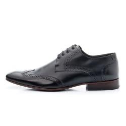 Sapato Oxford de amarrar couro cor preto e sola de couro