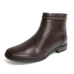 Bota Conforto cano curto e salto baixo couro cor marrom
